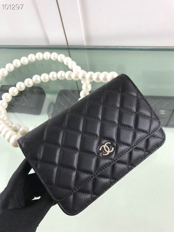 CHANEL bags 81028